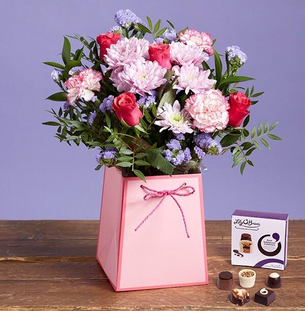 The Birthday Gift Bag with Chocolates - £28.99