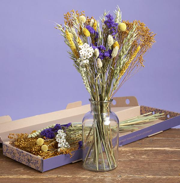 The Letterbox Sapphire Sundown Dried Flowers - £24.99
