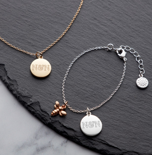 Couples Initials Bee Charm Bracelet - Personalised